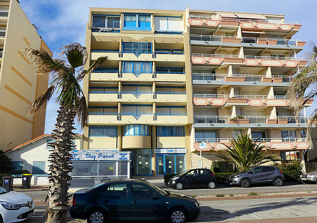 R sidence marianne location canet en roussillon for Location garage canet en roussillon