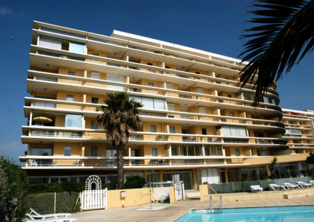 R sidence copacabana location canet en roussillon for Location garage canet en roussillon