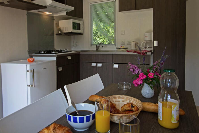 Mobil-Home 4 personnes, Coutures