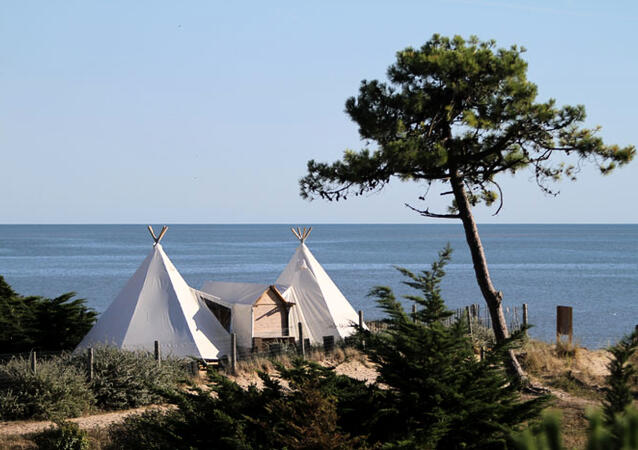 camping domaine les moulins location noirmoutier. Black Bedroom Furniture Sets. Home Design Ideas