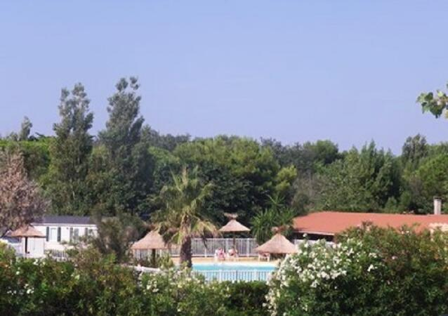 Camping rives des corbi res location port leucate - Camping rives des corbieres port leucate ...